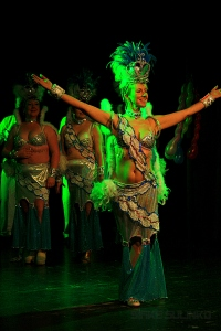 "Samma sambashow, ett annat nummer ""Miss Tropical"""
